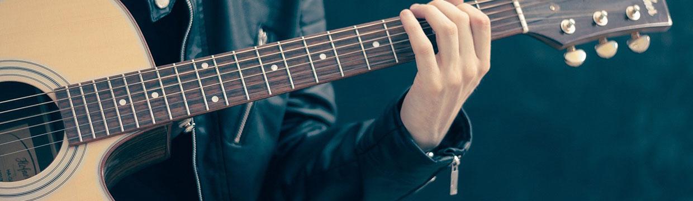Kytara a saxofon v hlavní roli. Zažijte skvělý hudební večer!