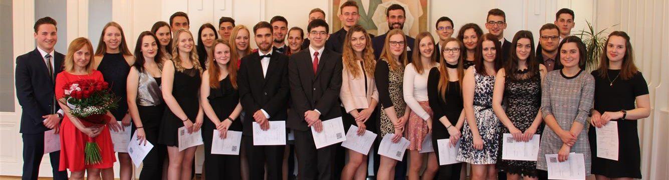 Vynikající výsledky gymnazistů z Valašských Klobouk u státních maturit 2019