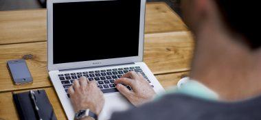 Distanční vzdělávání pomocí Office 365: od zřízení až po výuku on-line