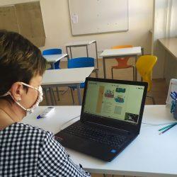Jak rozjíždíme výuku online na Základní škole Střílky
