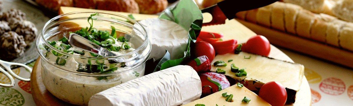Učitelé chemie o výrobě sýrů, másla a jogurtů nejenom odborně diskutovali