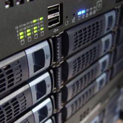 Vybavení učebny informatiky počítače, server
