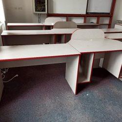 Nábytek – Stoly na PC